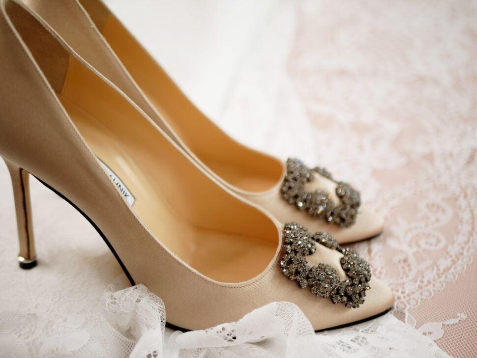 Як обрати туфлі до весільної сукні